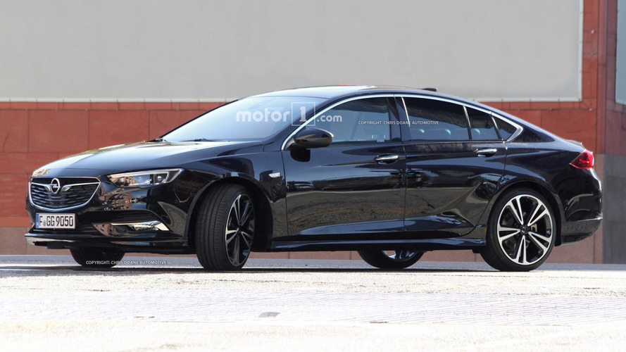 2017 Opel Insignia sedan ve station wagon casus fotoğraflar