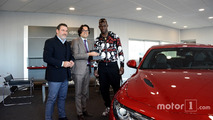 Mario Balotelli s'offre la nouvelle Alfa Romeo Giulia Quadrifoglio