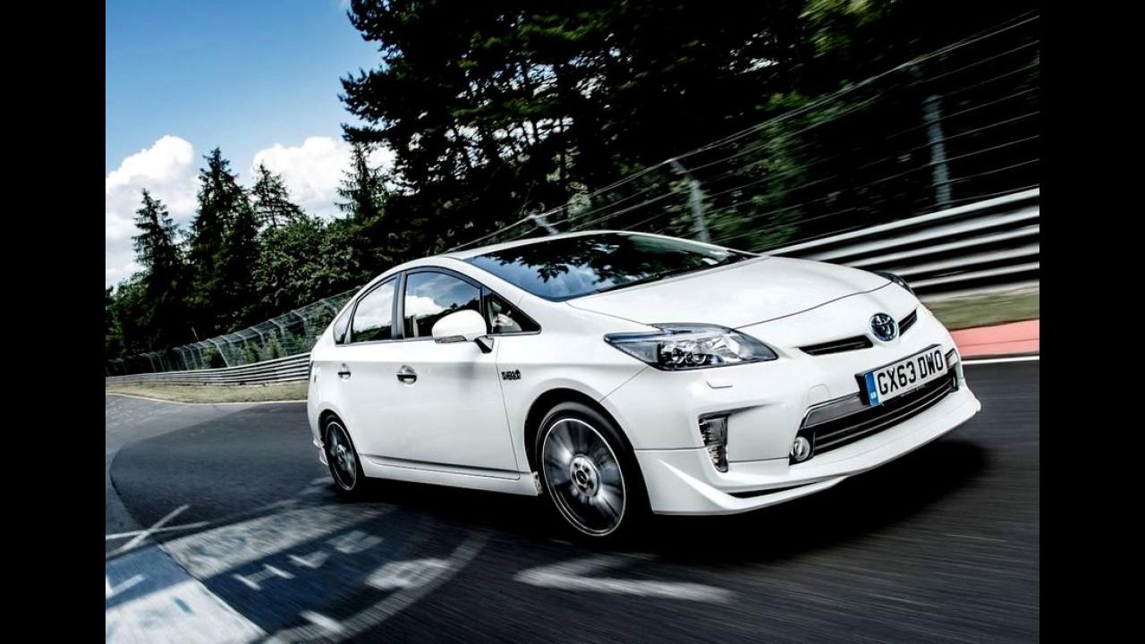 Toyota quer que metade de seus veículos no Japão sejam híbridos até 2016