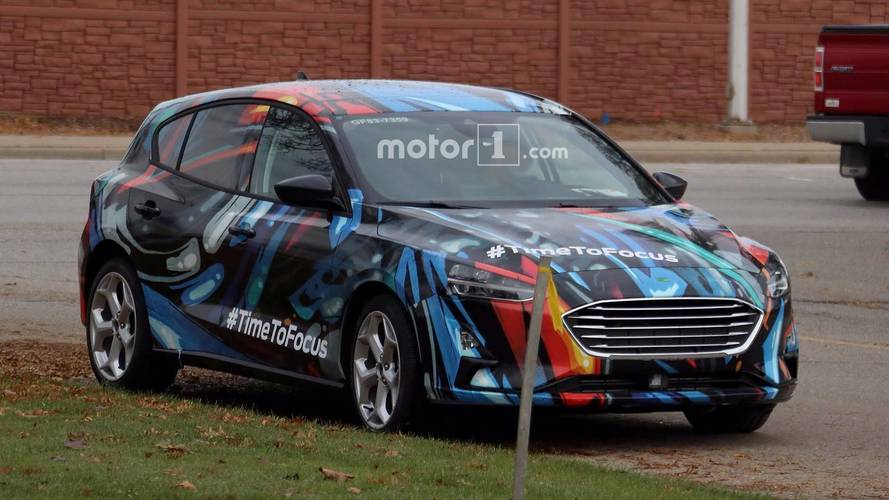 2018 Ford Focus spotted testing in funky colours