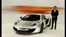 McLaren presenta a Milano la MP4-12C
