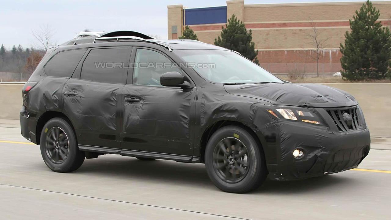 2014 Nissan Pathfinder spy photo