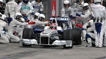 Robert Kubica (POL), BMW Sauber F1.09 pit stop, German Grand Prix, Nurburgring, Germany, 12.07.2009