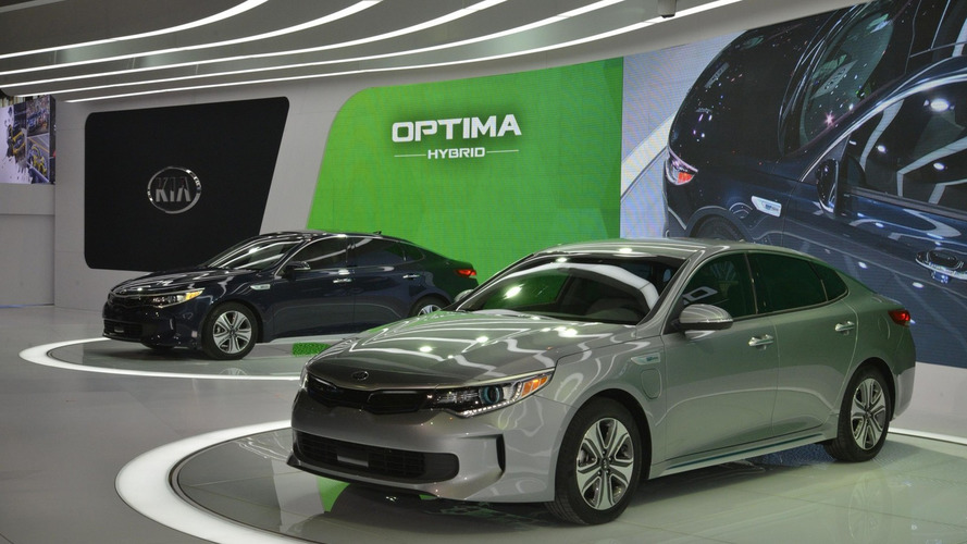 2017 Kia Optima Hybrid & Optima Plug-in Hybrid unveiled [videos]