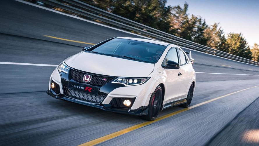 Honda Civic Type R bows in Geneva with £29,995 price; laps 'Ring in 7:50.63 [video]