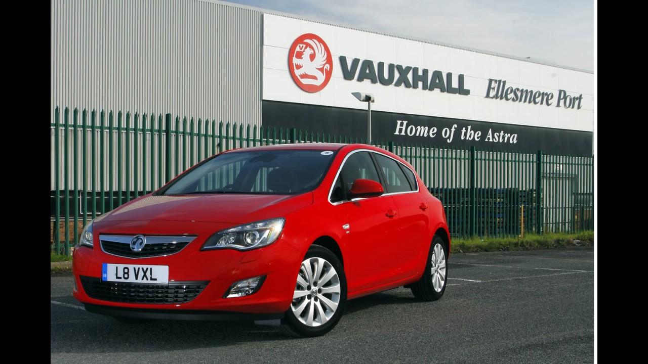 Reino Unido: Ford e Fiesta lideram em mês de queda
