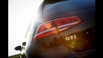 Fundador do Facebook e bilionário, Mark Zuckerberg coloca Golf GTI na garagem