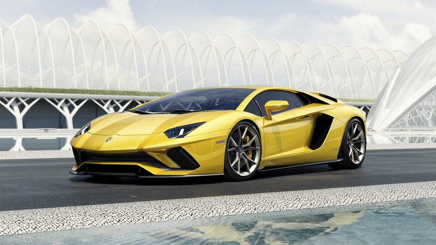 Lamborghini fecha 2016 com quase 3.500 unidades vendidas