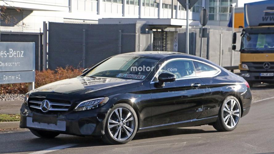 Mercedes, C-Sınıfı Coupe'yi test ederken yakalandı