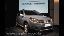 Renault mostra o Novo Sandero Stepway com visual off-road e suspensão elevada