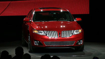 Lincoln MKS Ready for LA Debut