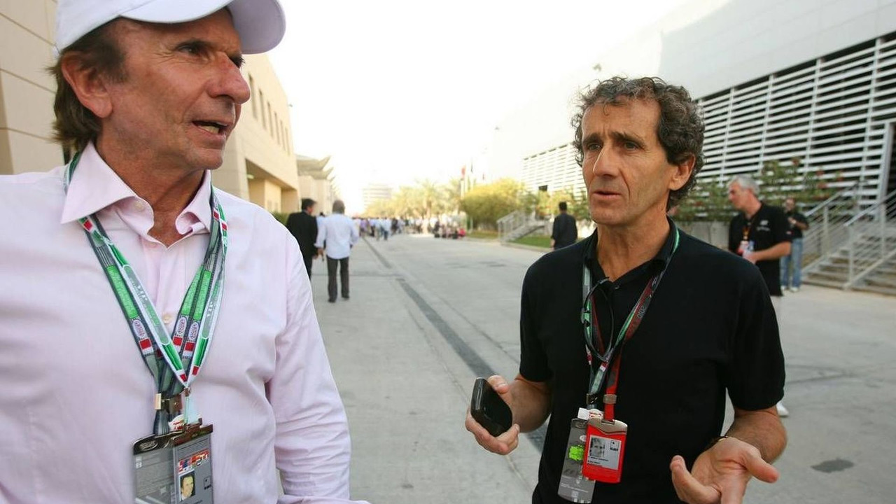 Emerson Fittipaldi (BRA), 1972 and 1974 F1 World Champion and Alain Prost (FRA) 1985, 1986, 1989 and 1994 F1 World Champion, Bahrain Grand Prix, 13.03.2010 Sakhir, Bahrain