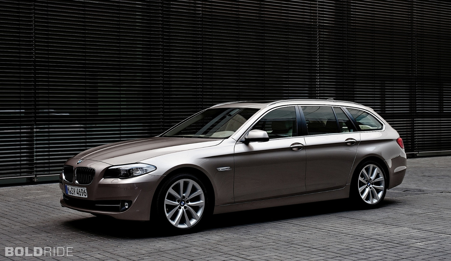 BMW 5-Series Touring