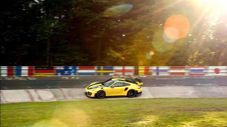 Porsche 911 GT2 RS, 6:47.3 ile Nürburgring'in RWD rekorunu kırdı