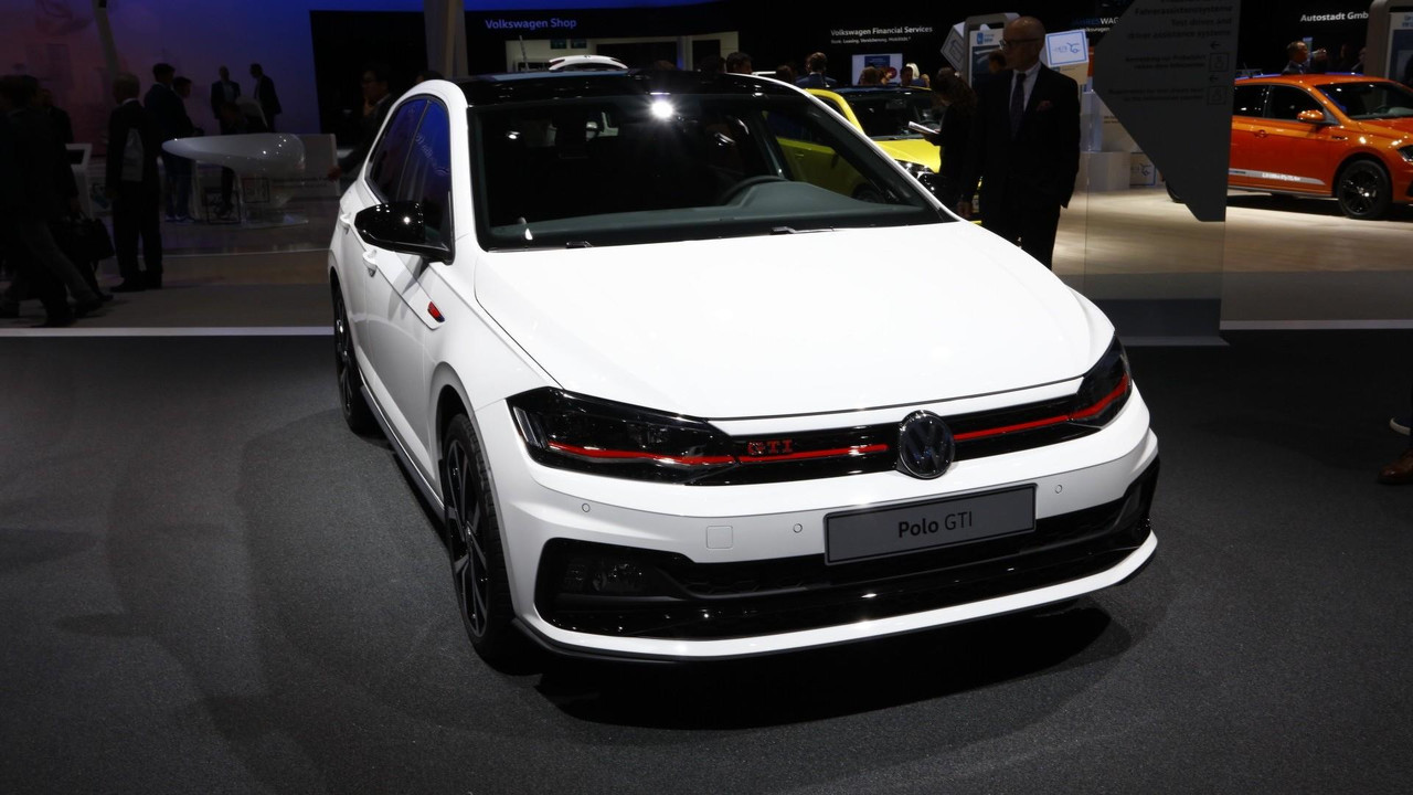 2018 vw polo grows up and gets 200 hp gti from day one. Black Bedroom Furniture Sets. Home Design Ideas