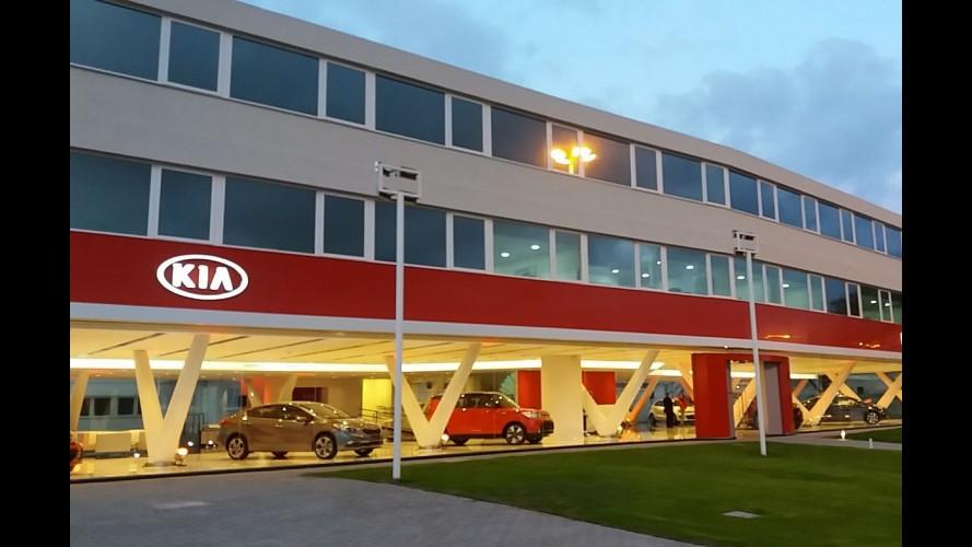 Kia inaugura sede própria e reinicia produção do Bongo no Uruguai