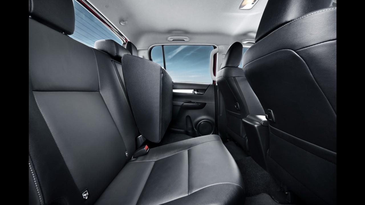 Menos picape, mais carro: nova Hilux 2016 foi projetada pelo criador do iQ