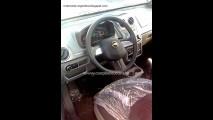 Novo Chevrolet Agile - Veja foto da traseira sem disfarces e também do interior