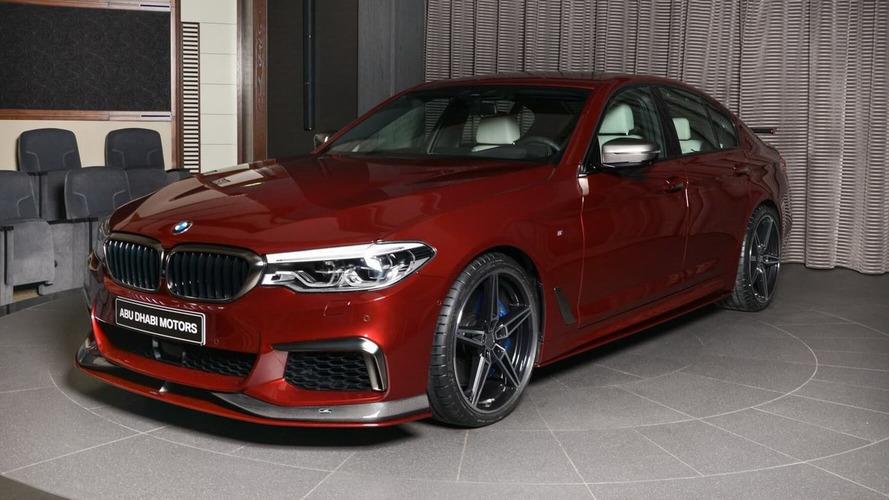 BMW M550i Aventurine Red Has An Eye-Catching Spec