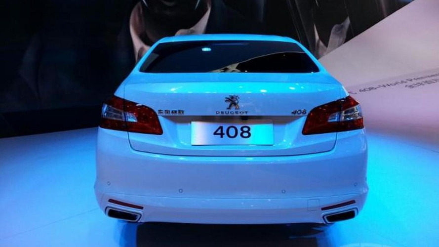 Peugeot 408 Sedan shows its metal in Beijing