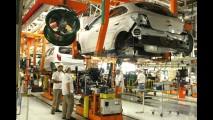 Chevrolet já vendeu mais de 100 mil unidades de Onix e Prisma