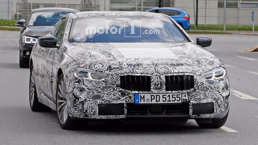 BMW 8 Serisi, konsepte benzer nihai farlarla yakalandı