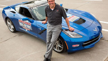 Corvette Stingray Pace Car hits the Detroit Belle Isle Grand Prix [video]