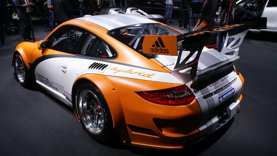 Porsche 911 GT3 R Hybrid Powers the Green into Geneva [Video]