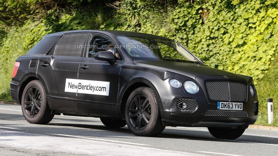 Bentley crossover spied up close
