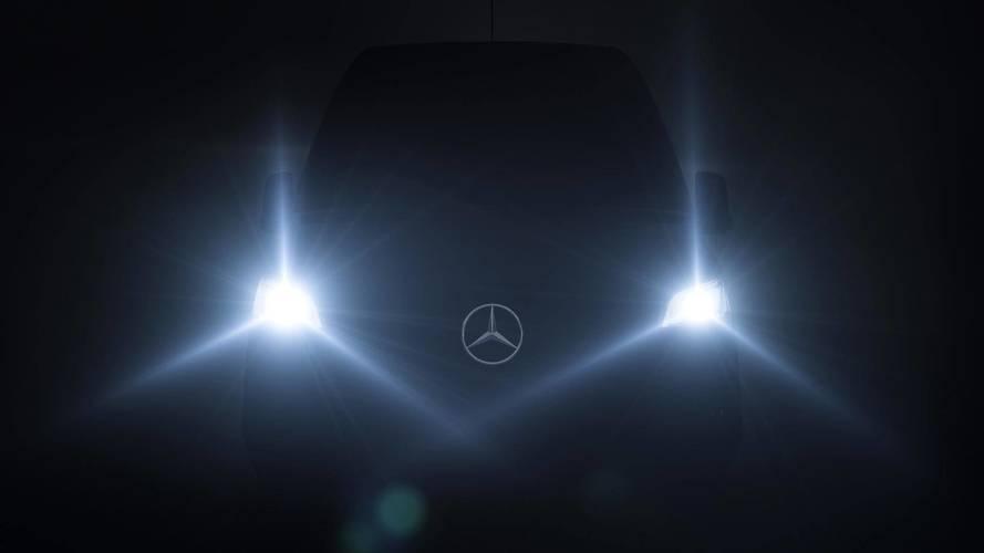 Mercedes-Benz Sprinter 2019 será revelada no dia 6 de fevereiro