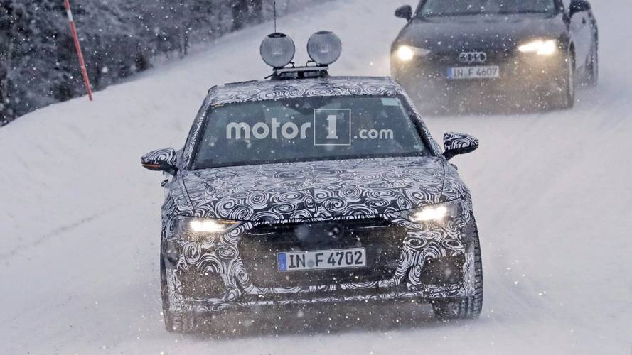 2018 Audi A6 spied with production lights