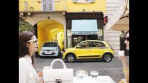 Nuova Renault Twingo fotografata da Dingo, Road Show Europeo