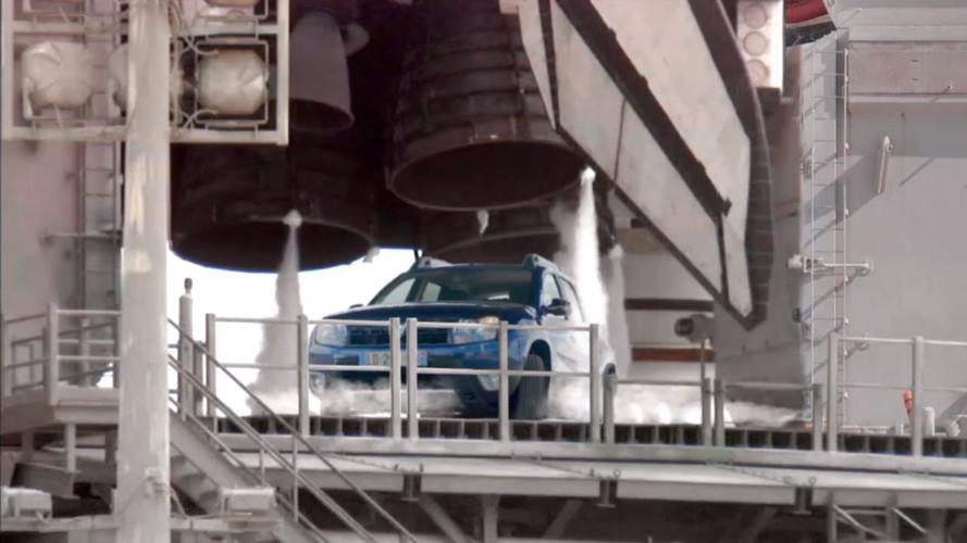 2018 Dacia Duster'ın teaser'ı için ilk nesil uzaya yollandı