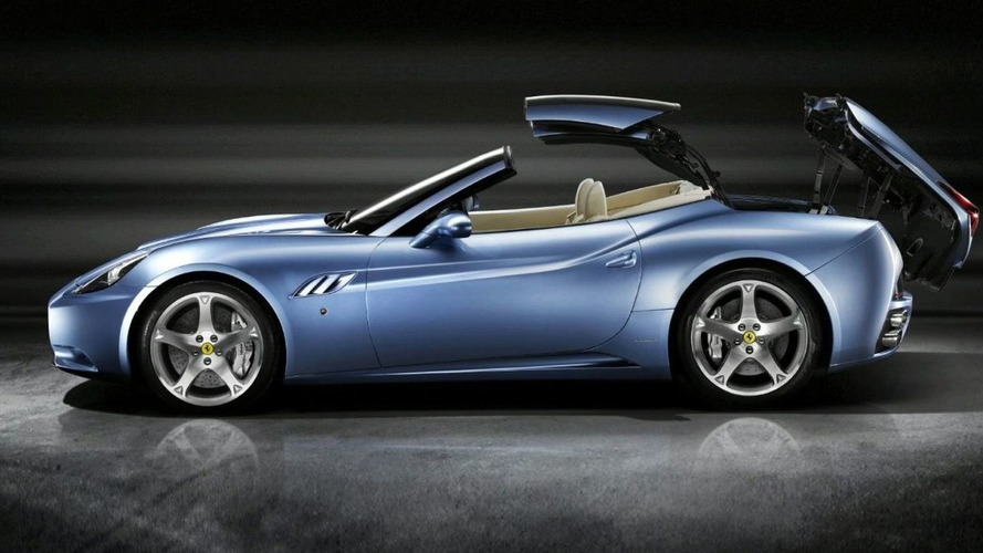 New Images of Ferrari California Appear with Top Up