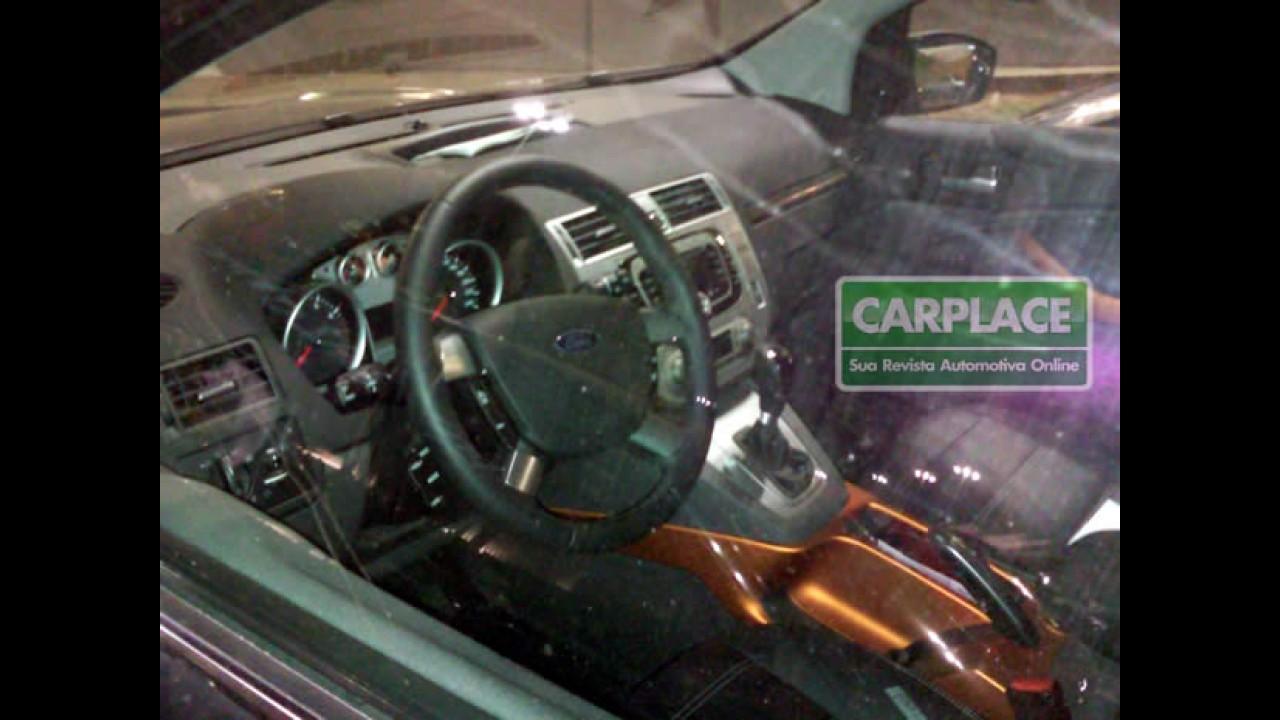 Exclusivo: Leitor flagra Ford Kuga no Brasil!!