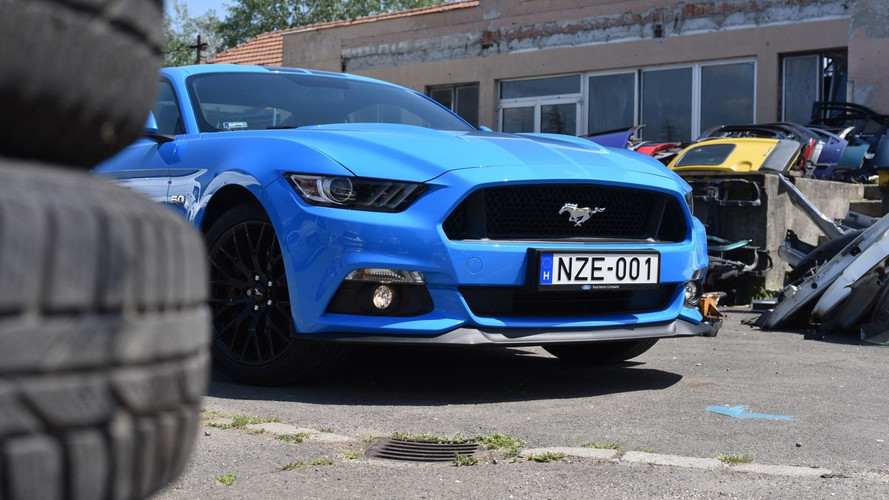 Ford Mustang GT Fastback M6: skizofrén örömmámor