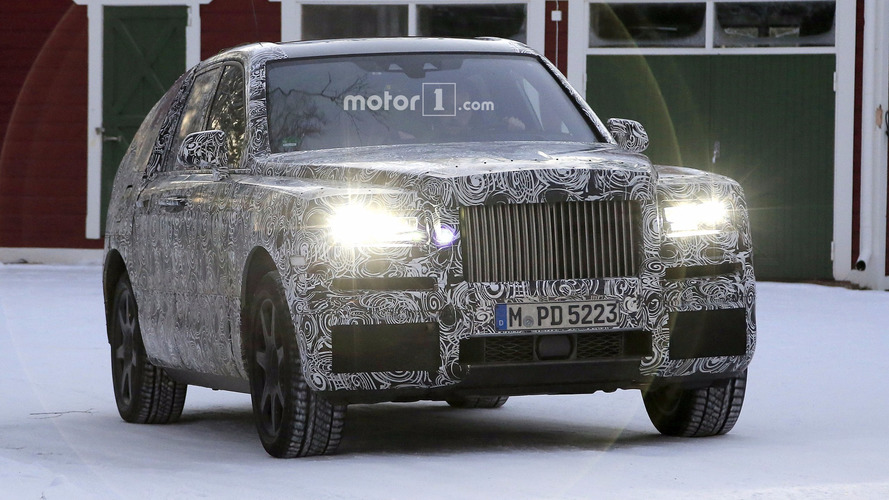 2019 Rolls-Royce Cullinan spy photos
