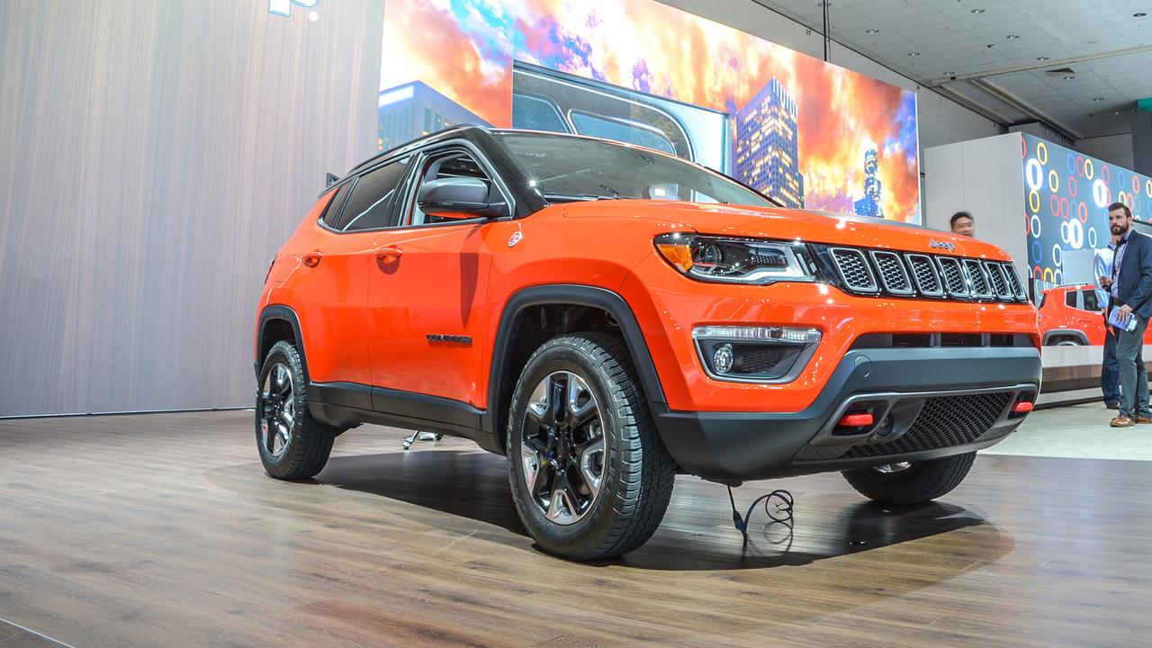 2017 Jeep Compass - Slider