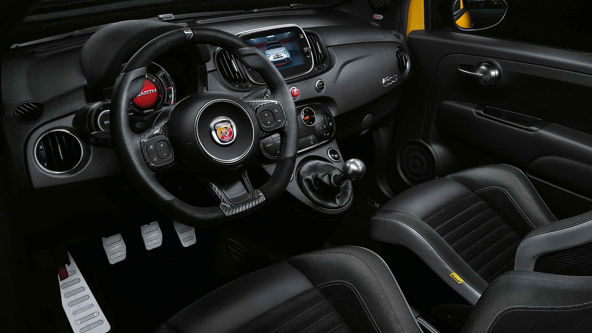 Awesome fiat 500 abarth interieur photos trend ideas for Interieur 500 abarth