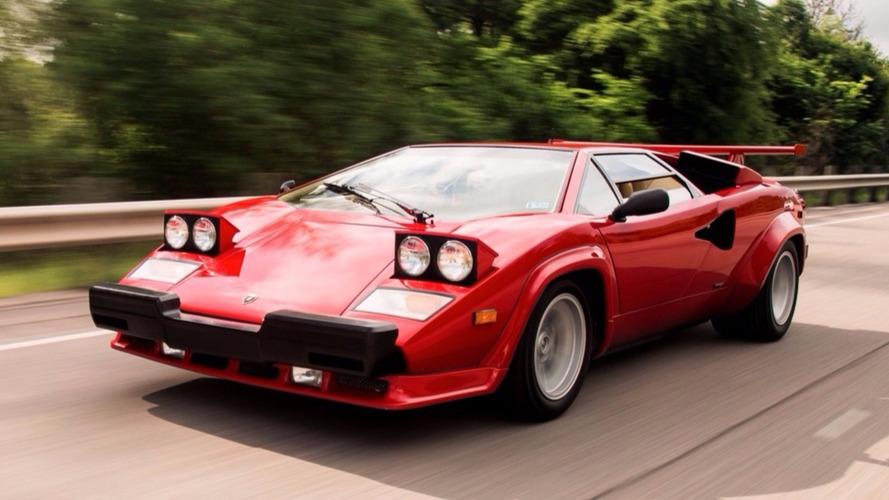 Une pauvre Lamborghini Countach victime des normes américaines