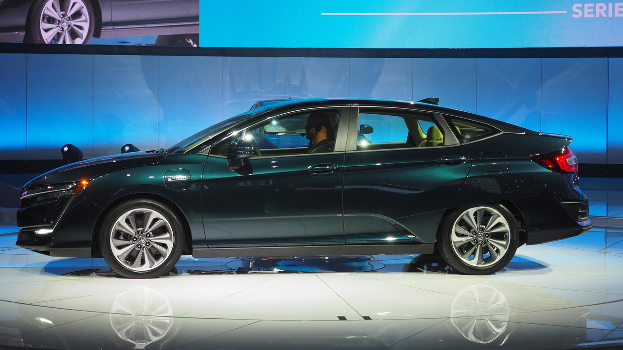 honda clarity phev electric will both cost 35 000. Black Bedroom Furniture Sets. Home Design Ideas