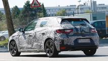 2016 Renault Megane spied ahead of a possible Frankfurt debut