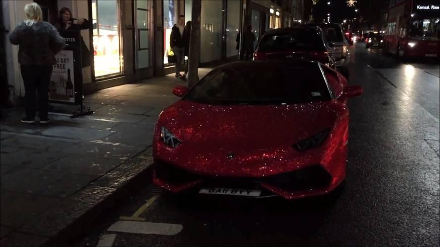 Swarovski kristalli Lamborghini Huracan çok dikkat çekici