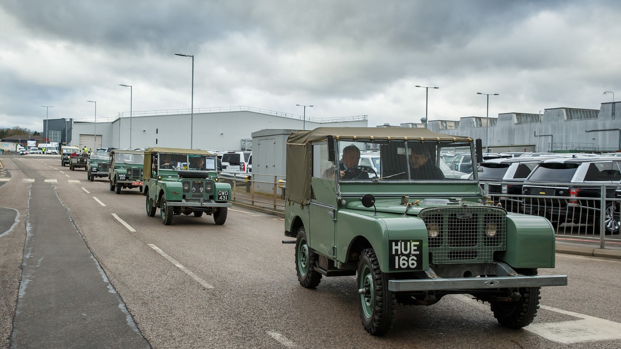 Land Rover Defender Successor >> Jaguar Land Rover had $3.7 million worth of engines stolen