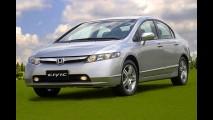Honda faz recall de Civic, CR-V e Fit por problema no airbag