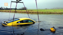 Audi R8 crashed in river