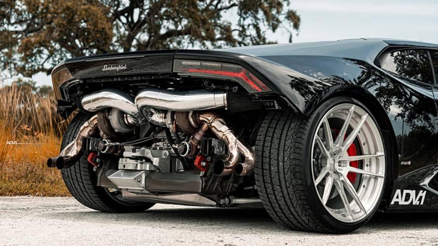 Hátsó lökhárító nélkül, 850 lóerős teljesítménnyel debütált egy Lamborghini Huracán