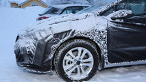 2016 Kia cee'd facelift spy photo
