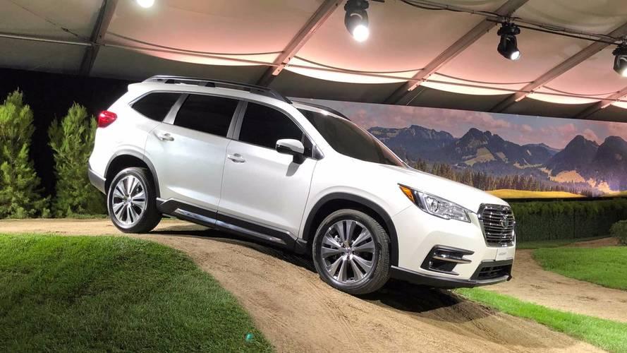 Subaru revela SUV Ascent com oito lugares e motor turbo de 264 cv