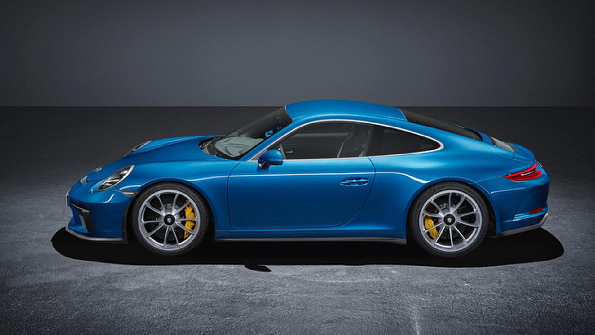 2015 - [Porsche] 911 Restylée [991] - Page 11 Porsche-911-gt3-touring-package-leaked-official-image
